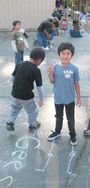 CHALK4PEACE 2010 Bijou Community School