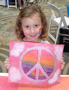 CHALK4PEACE 2010 9/11/10 Simon Kidgits Club, Westminster Mall, Westminster, CA Organized and photos by: Laurie Nguyen A specially prepared indoor CHALK4PEACE event...  http://modernarf.smugmug.com/Art/CHALK4PEACE-2010/CHALK4PEACE-2010-Simon-Malls/13935975_ghLaG#1023338700_iqDsB