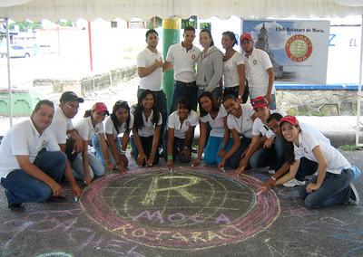 CHALK4PEACE  9/5/10 Club Rotaract de Moca, Dominican Republic What an incredible team! Gracias de Tiza Por La Paz! photo:  http://modernarf.smugmug.com/Art/CHALK4PEACE-2010/CHALK4PEACE-Club-Rotaract-de/13674189_4zRek#998660619_joUyP