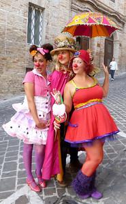 CHALK4PEACE 2010 Clown and Clown Festival 2 Oct. Monte San Giusto, Italy photo: Vittorio Tettamanti