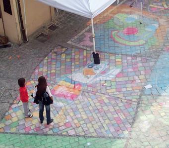 Duck of Peace CHALK4PEACE 2010 Clown and Clown Festival 2 Oct. Monte San Giusto, Italy photo: Luciano Bramdimarti