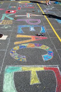 CHALK4PEACE Burke School International Day of Peace 2010 Fairfax, VA photo: Chris Draper