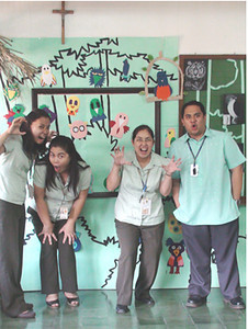 Ms. Bautista, Arts Educator (OIC) and Colleagues in the spirit! CHALK4PEACE/WALK 4 PEACE '10 -2/17/10 Miriam College Grade School, Quezon City, Philippines  Organized by Ms. Patti Bautista, Art Area Supervisor (OIC) photo: Mr. Ed Talaro