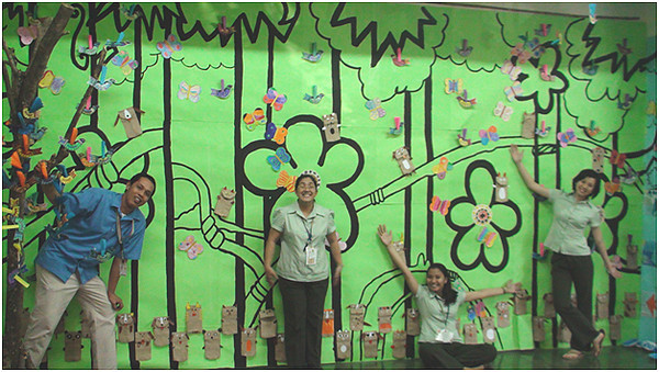 The educators who teach art at the school. Colleagues in the spirit! CHALK4PEACE/WALK 4 PEACE '10 -2/17/10 Miriam College Grade School, Quezon City, Philippines  Organized by Ms. Patti Bautista, Art Area Supervisor (OIC) photo: Mr. Ed Talaro