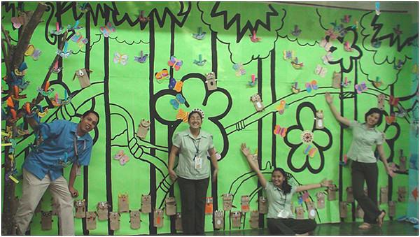 The educators who teach art at the school. Colleagues in the spirit! CHALK4PEACE/WALK 4 PEACE '10 -2/17/10 Miriam College Grade School, Quezon City, Philippines  Organized by Ms. Patti Bautista, Art Area Supervisor (OIC) photo: Mr. Ed Talaro