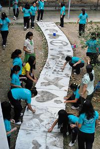 CHALK4PEACE/WALK 4 PEACE '10 -2/17/10 Miriam College Grade School, Quezon City, Philippines  Organized by Ms. Patti Bautista, Art Area Supervisor (OIC) photo: Mr. Ed Talaro