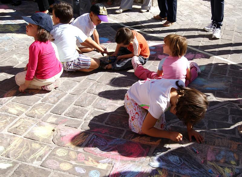 CHALK4PEACE at the Clown & Clown Festival, Monte San Giusto, Italyphoto: Luciano Bramdimarti 01/10/11