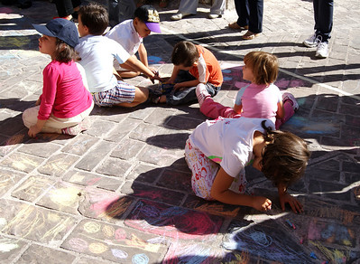 CHALK4PEACE at the Clown & Clown Festival, Monte San Giusto, Italyphoto: Luciano Bramdimarti 01/10/11