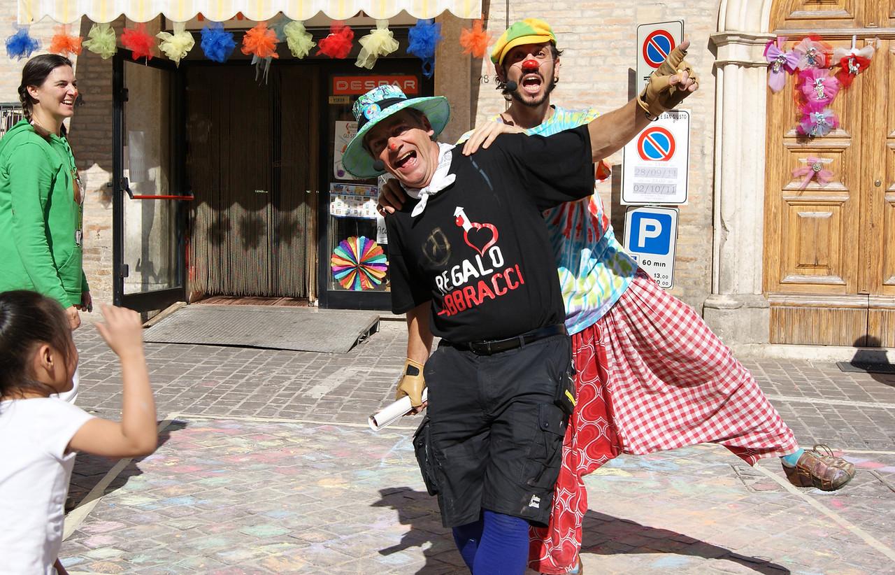 CHALK4PEACE at the Clown & Clown Festival, Monte San Giusto, Italy photo: Luciano Bramdimarti