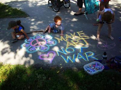 CHALK FOR PEACE 2011 Vimy Ridge Park, Winnipeg, Manitoba photo: Lee Graham