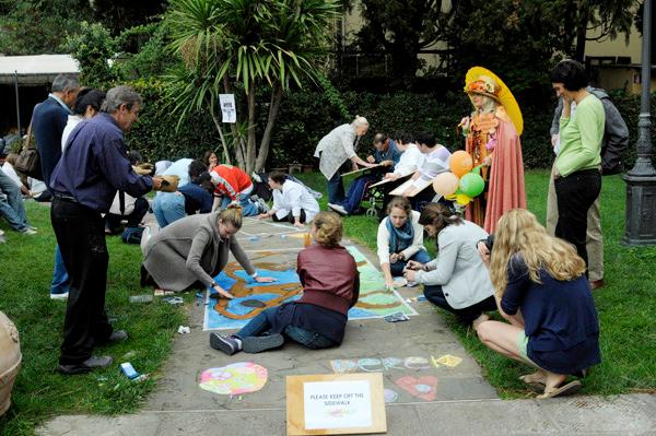 CHALK4PEACE Syracuse University in Florence, Italy 12 Ott, 2011 photo: