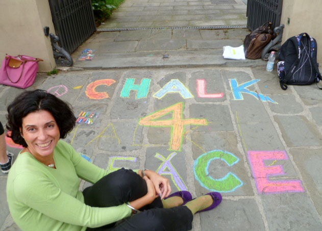 Cecilia Sandrone chalks 4 peace! photo: Vittoria Tettamante