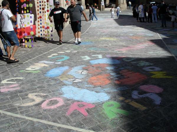Clown & Clown MSG CHALK4PEACE 2012