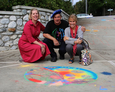 CHALK4PEACE 9/14/13  Marianne van Voorst Ryan, John Aaron, Sharon Hall Gooden School Sierra Madre, CA photo: Meghan Snyder