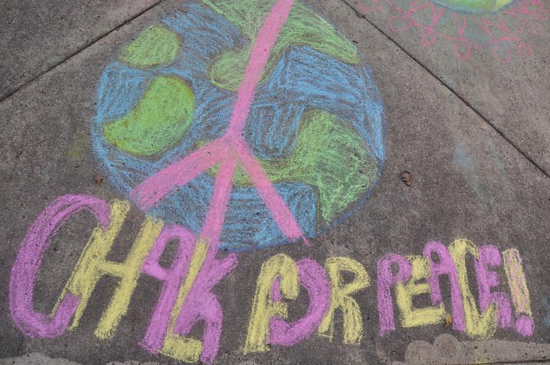 CHALK4PEACE '14 Waples Mill E.S. Oakton VA Photo: Sara Holtz
