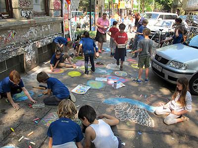 Kreide für den Frieden-Ganztagsgrundschule Sternschanze