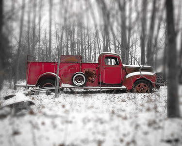 ford fire truck abandon 1940's