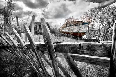 Chris Craft Boat abandon fence