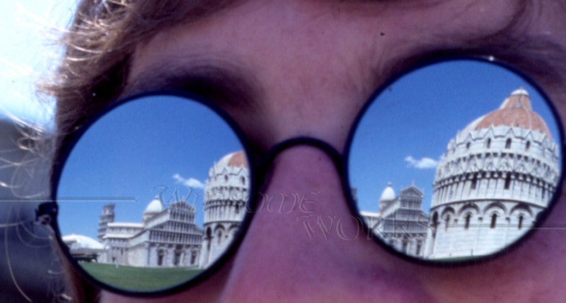 Pisa's baptistry reflected in Kenneth's glasses