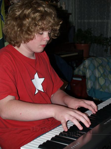 Seth at the keyboard, '07