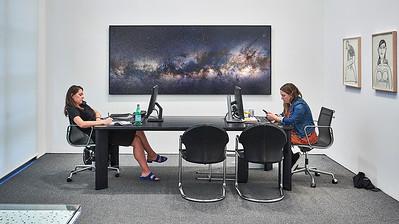 Sept. 22, 2018, 2018 - New York, NY Chelsea Art Galleries - Gallery workers   Photographer- Robert Altman Post-production- Robert Altman