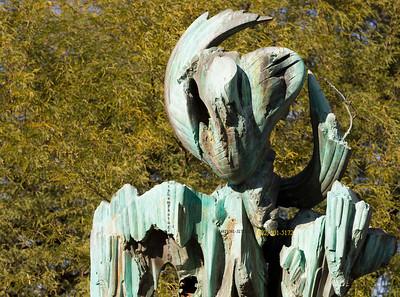 Green stone statue 3281