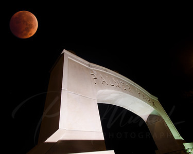 Blood Moon , Eclispe , city if St. Clair , Front street, Riverside Rd.,River Road. St.Clair Mall, Plamer Park, St Clair River, Saint Clair , 48079