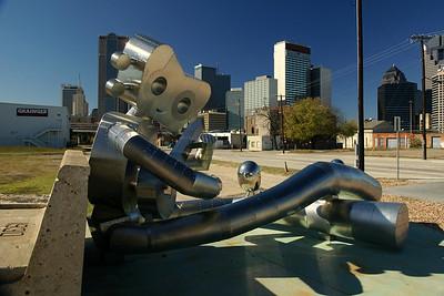 SONY DSC Dallas Deep Ellum Traveling Man