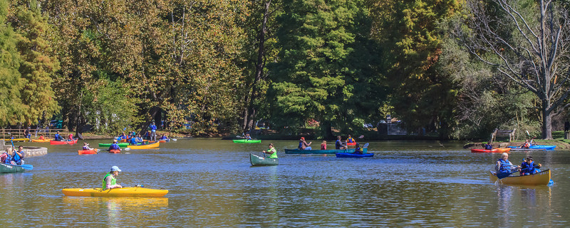 Free kayak rentals at the Midwest Outdoor Experience at Eastwood Metropark