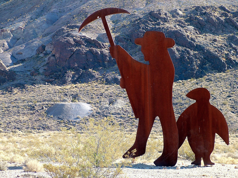 """005 Fred Bervoets's """"Tribute to Shorty Harris 1994"""" Goldwell Open Air Museum, Beatty, NV"""