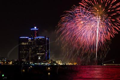 Detroit Windsor / Fireworks 15