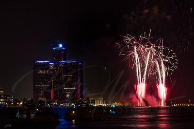 Detroit Windsor / Fireworks 17
