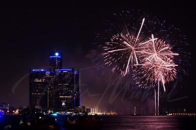 Detroit Windsor / Fireworks 4