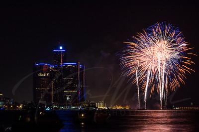 Detroit Windsor / Fireworks 13
