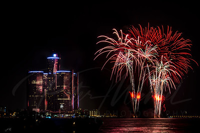 Detroit Windsor / Fireworks 1