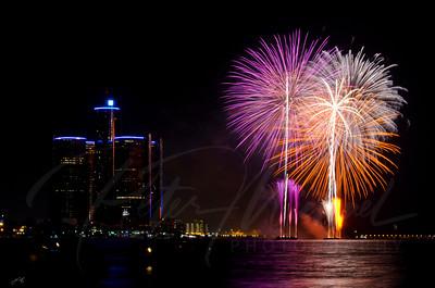 Detroit Windsor / Fireworks 16