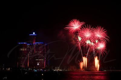 Detroit Windsor / Fireworks 7