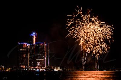 Detroit Windsor / Fireworks 10