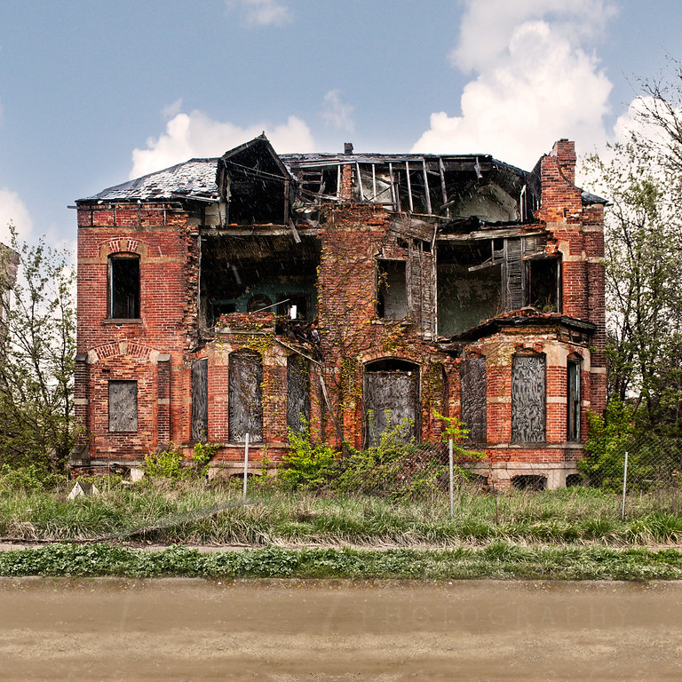Flynn House