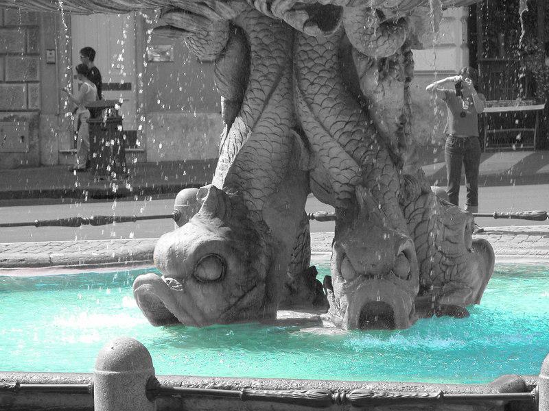triton-fountain-bi-colour