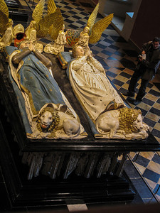 Dijon Beaux Arts Museum - Tomb of Duke John the Fearless and Margaret of Bavaria