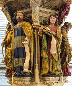 Dijon Beaux Arts Museum - Replica of the Well of Moses at the Chartreuse de Champmol - David and Jerimiah