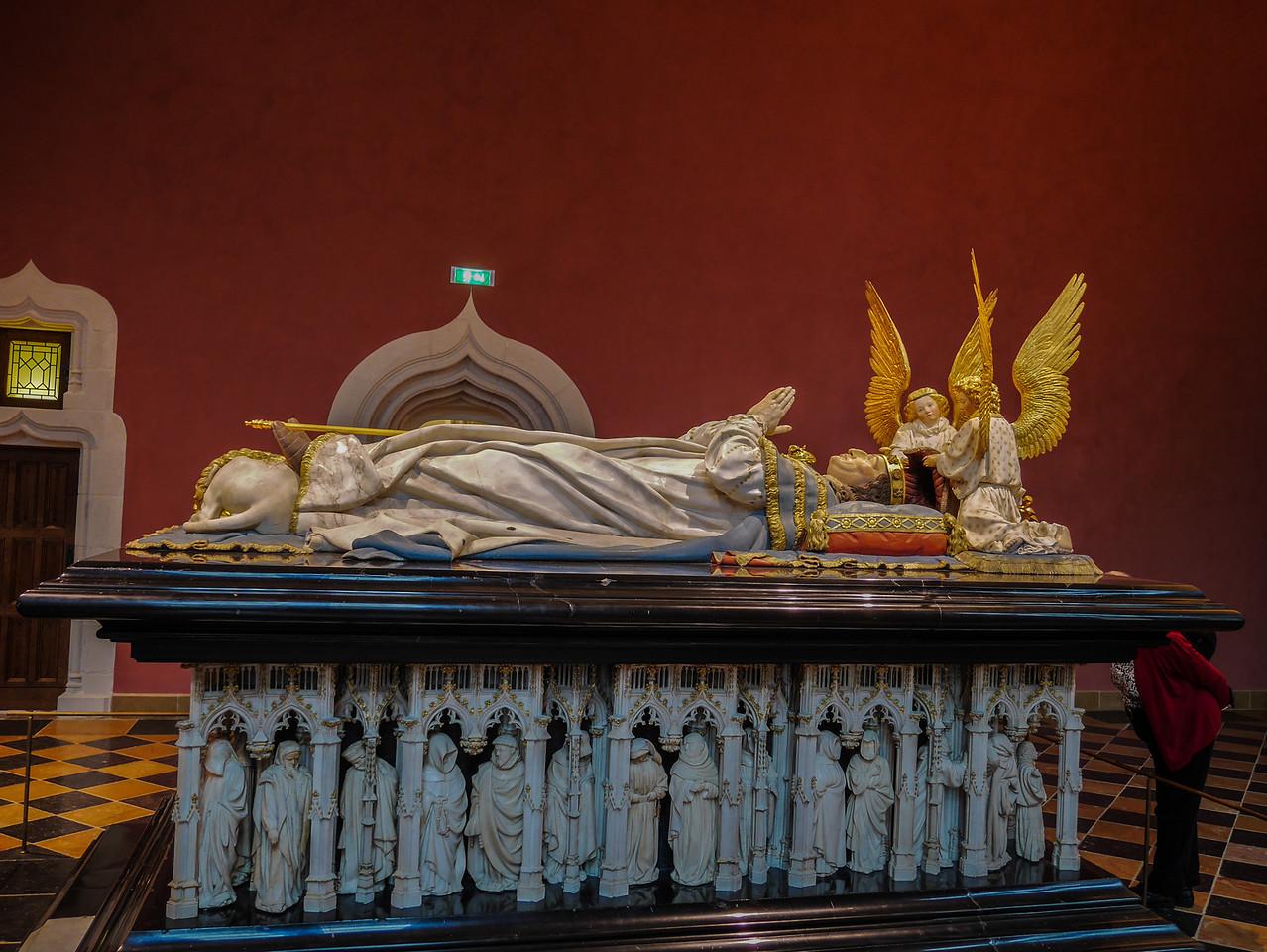 Dijon Beaux Arts Museum -The Tomb of Philip The Bold, Duke of Burgundy