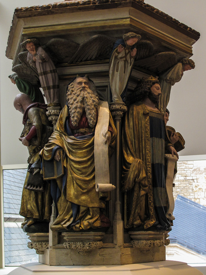 Dijon Beaux Arts Museum - Replica of the Well of Moses at the Chartreuse de Champmol -  Moses and David