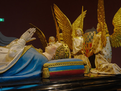 Dijon Beaux Arts Museum -The Tomb of John the Fearless and Margaret of Bavaria - Margaret and Angels