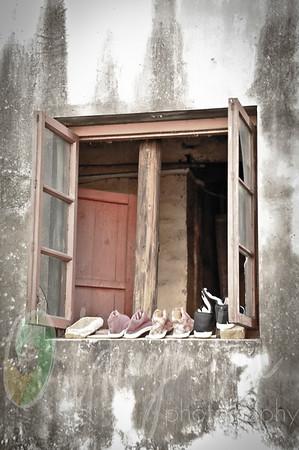 Flip flops (1 of 7)