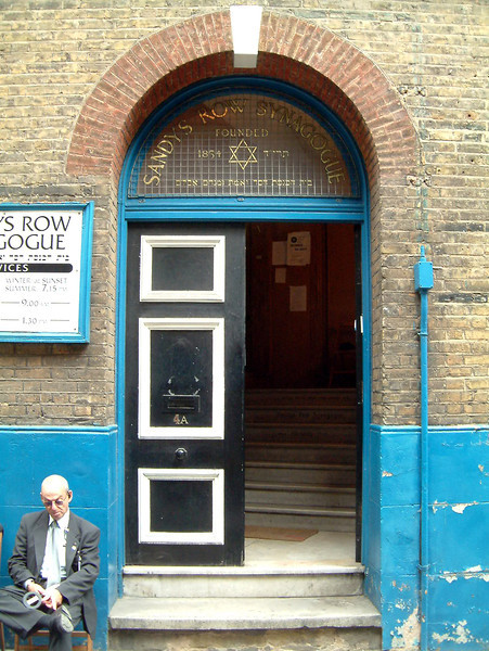 Sandy's Row Synagogue, Spitalfields 2003