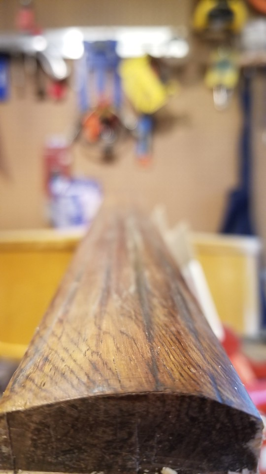 String grooves down the fingerboard