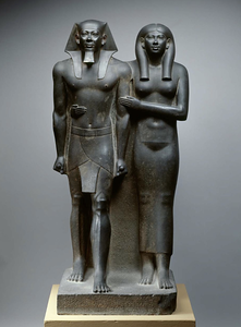 King Menkaura (Mycerinus) and queen2