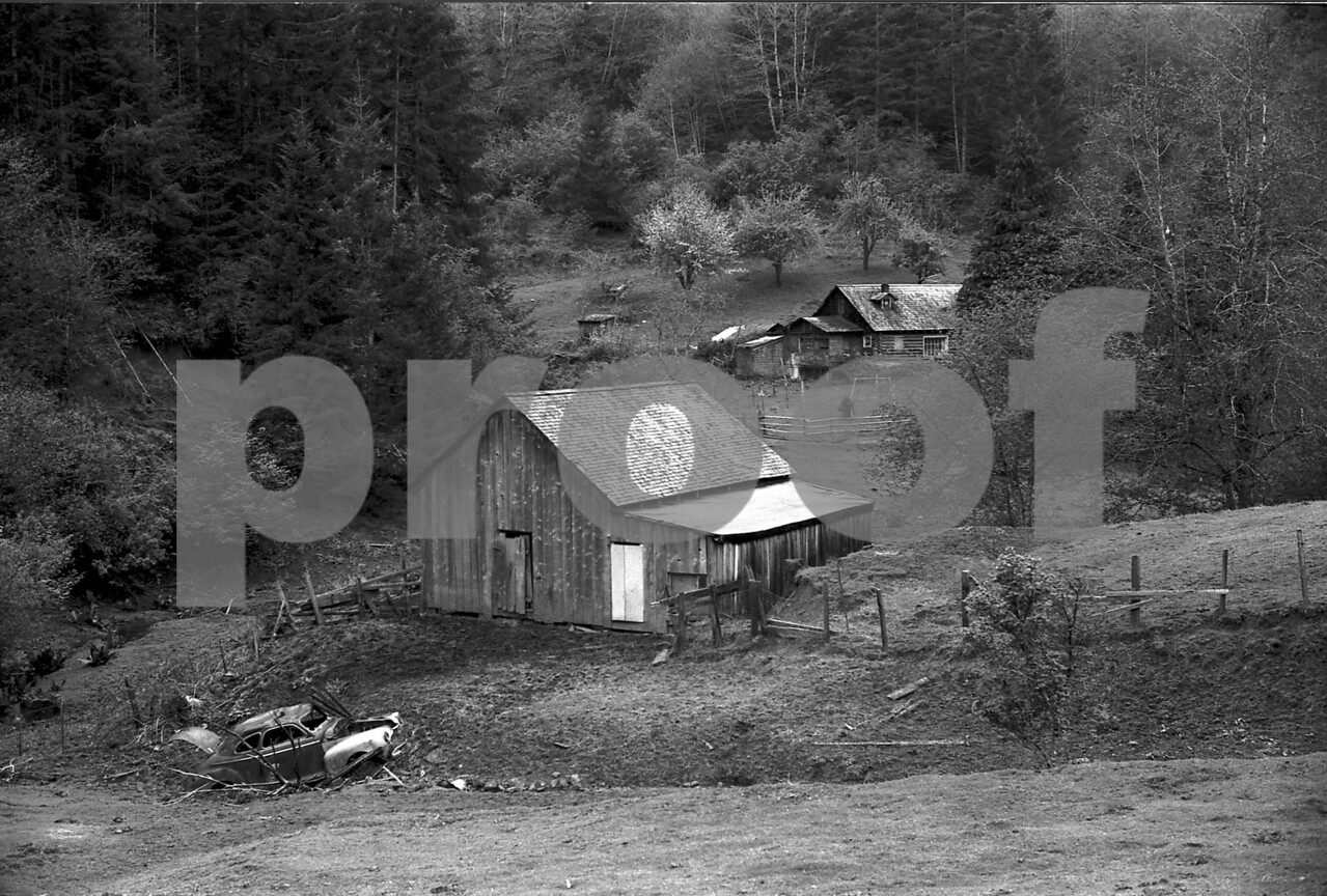 Old farm 722416A